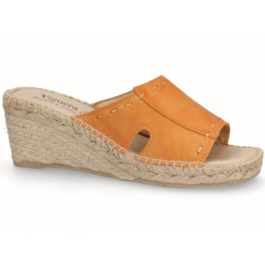 Clog with jute sole orange